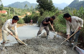 Xây dựng nông thôn mới: Khi người dân chung sức