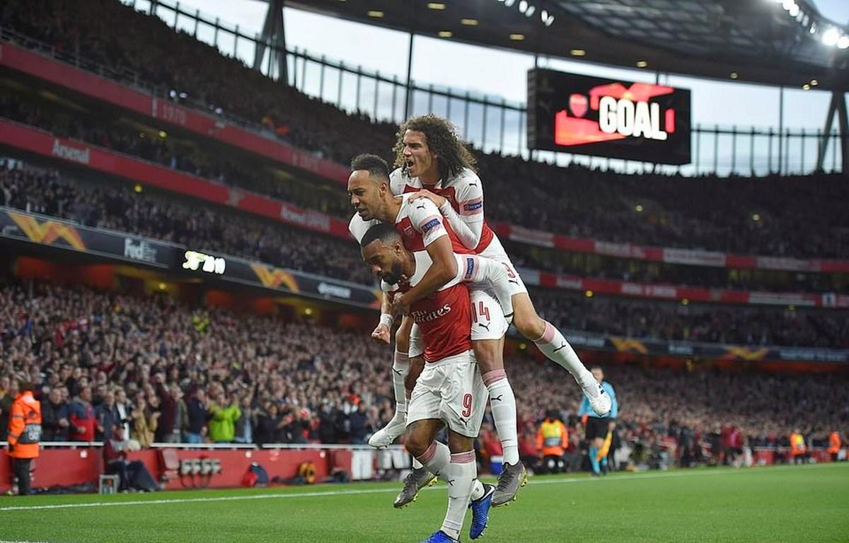 Thắng đậm Valencia, Arsenal giành ưu thế ở bán kết Europa League