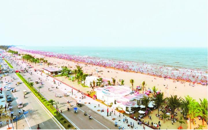 Phát triển du lịch biển ở ba tỉnh Bắc Trung Bộ