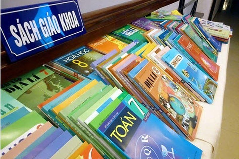 Đường dây nóng phục vụ nhu cầu mua sách giáo khoa