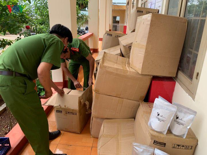 Phát hiện bắt giữ hàng nghìn tuýp mỹ phẩm không rõ nguồn gốc ở Đắk Lắk