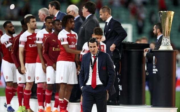 """Dư âm Chelsea 4-1 Arsenal: Đừng khóc cho """"Pháo thủ"""""""
