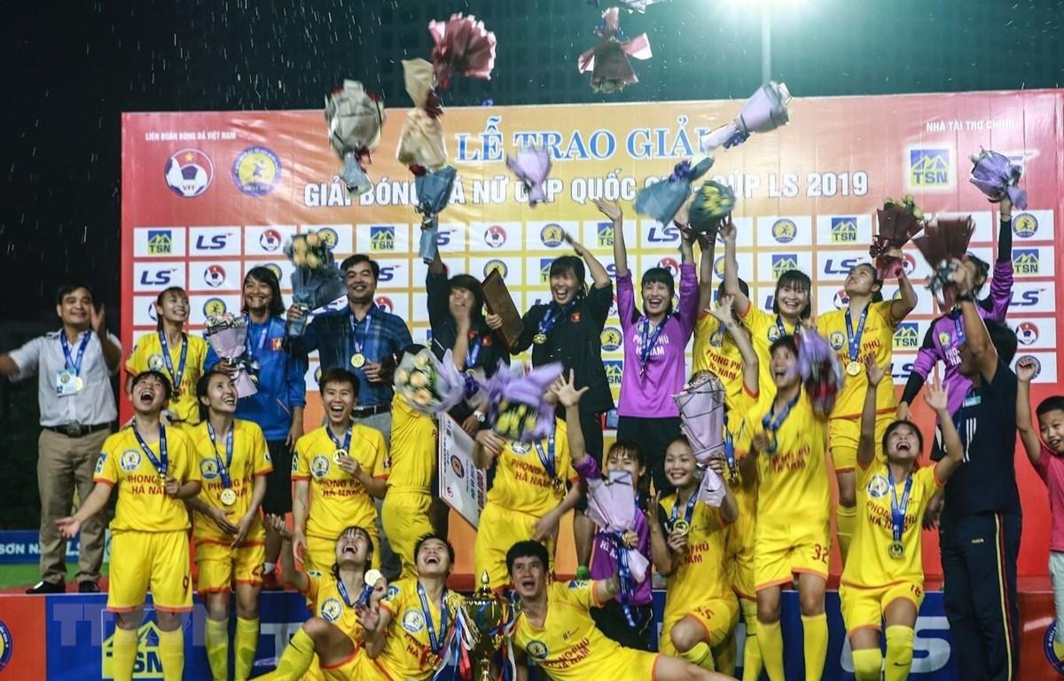 Đội Phong Phú Hà Nam vô địch Giải bóng đá nữ cúp quốc gia