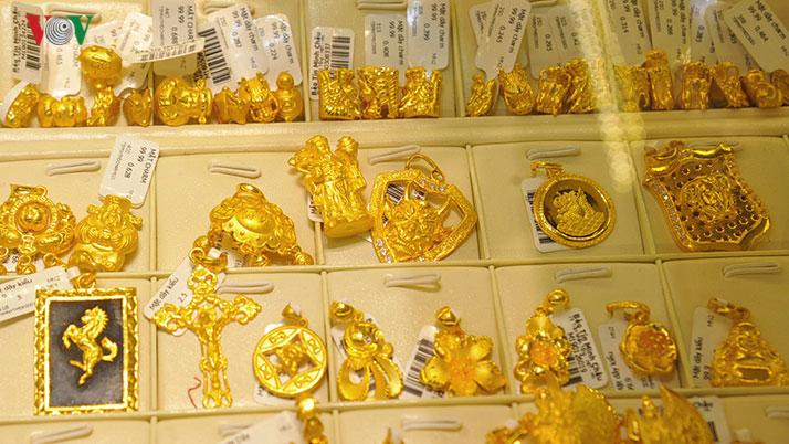 Giá vàng tiếp tục tăng mạnh trong ngày 3/6