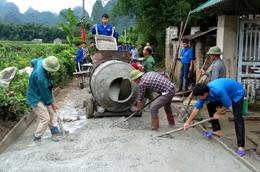 Thực hiện Nghị quyết 19 của HĐND tỉnh: Hạ tầng giao thông nông thôn khởi sắc