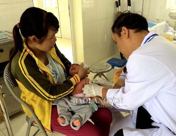 Cần chủ động về kinh phí đảm bảo cho hoạt động tiêm chủng