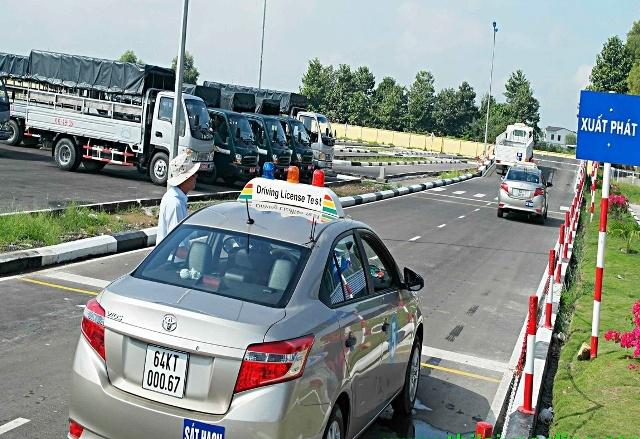 Tổng cục Đường bộ sẽ giám sát trực tuyến thi bằng lái xe qua camera