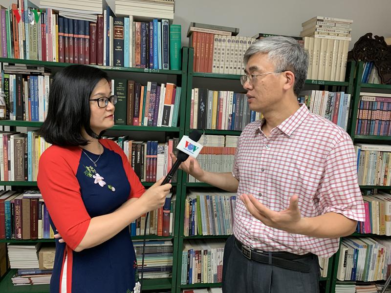 Vị Giáo sư Trung Quốc dành nhiều quan tâm cho văn học Việt
