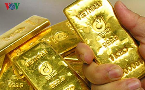 Giá vàng trong nước và thế giới đảo chiều tăng mạnh