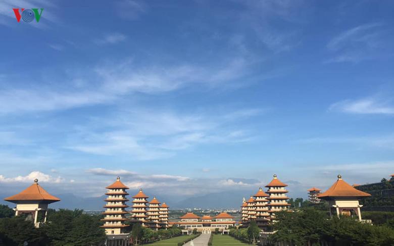 """Ấn tượng Phật Quang Sơn – """"kinh đô"""" Phật giáo Đài Loan"""