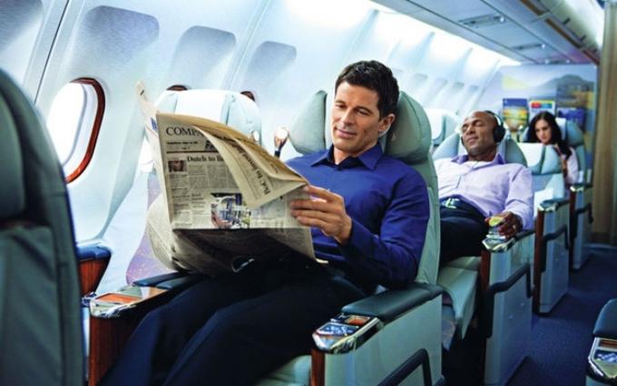 Các vật dụng cần thiết cho chuyến bay đường dài
