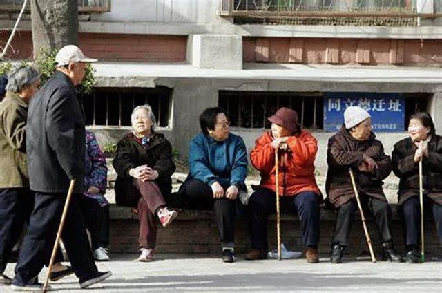 Trung Quốc cân đối kích thích kinh tế với duy trì an sinh xã hội