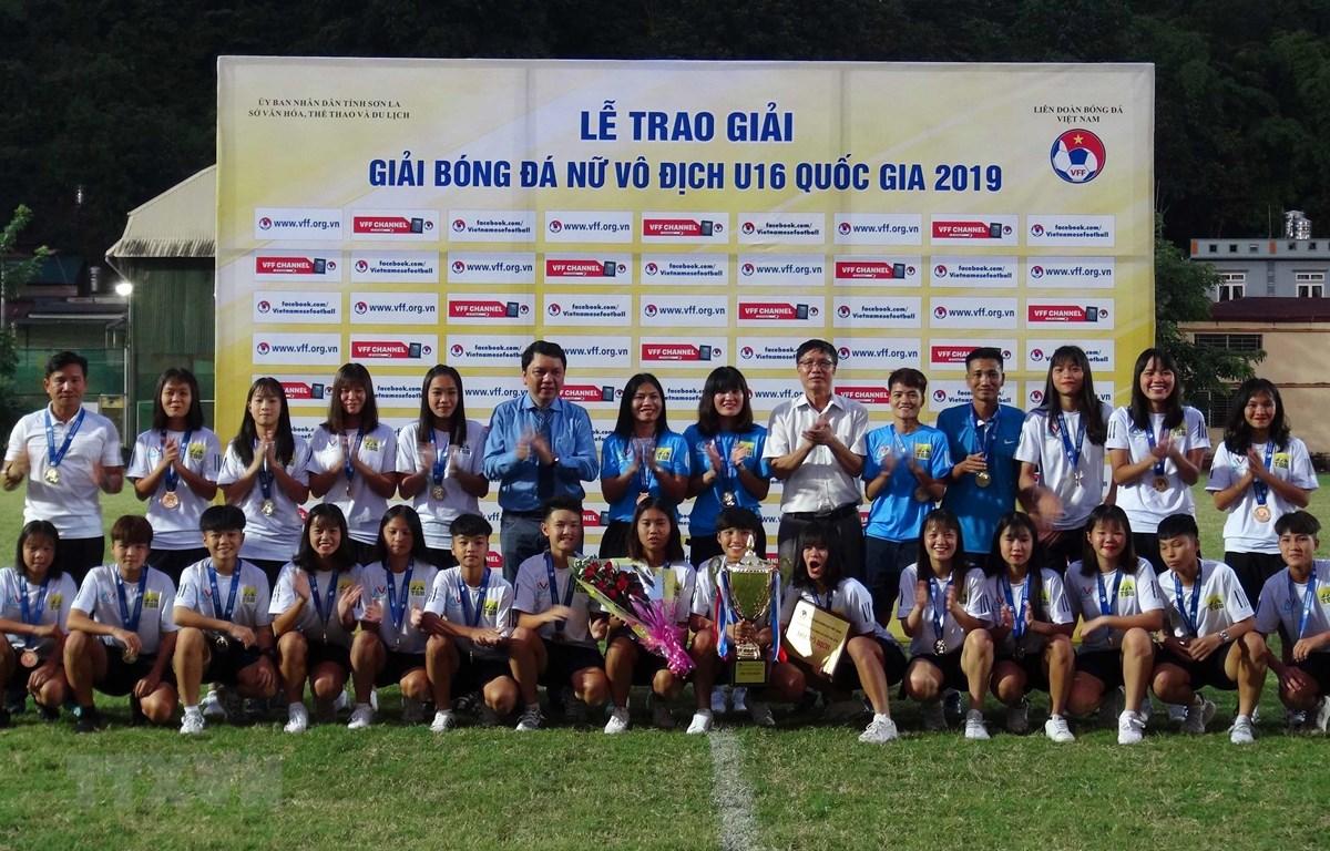 Đội tuyển Hà Nội vô địch Giải bóng đá nữ U16 Quốc gia 2019