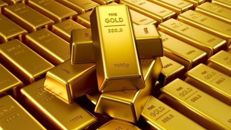 Đầu tháng Ngâu, giá vàng giảm mạnh cùng với lãi suất của FED