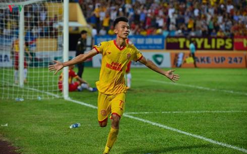 BXH trước vòng 19 V-League 2019: Nam Định tăng tốc, HAGL xếp thứ 10