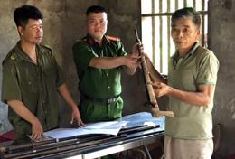 Công an tỉnh: Tăng cường đấu tranh với các hành vi buôn bán, vận chuyển vũ khí thô sơ, công cụ hỗ trợ