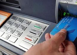 Đẩy mạnh chi trả chế độ BHXH qua thẻ ATM