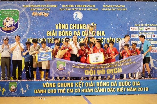Hà Tĩnh vô địch Giải bóng đá quốc gia trẻ em có hoàn cảnh đặc biệt