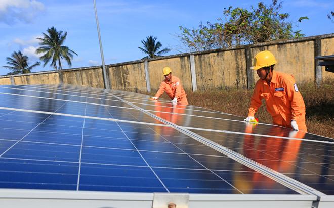 EVNSPC: Đồng loạt ra quân để tăng tốc phát triển điện mặt trời