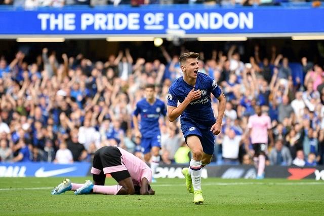 Chelsea hòa nhạt nhòa Leicester 1-1 trên sân nhà