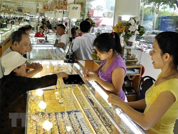 Vàng trong nước lao dốc phiên đầu tuần, mất mốc 42 triệu đồng