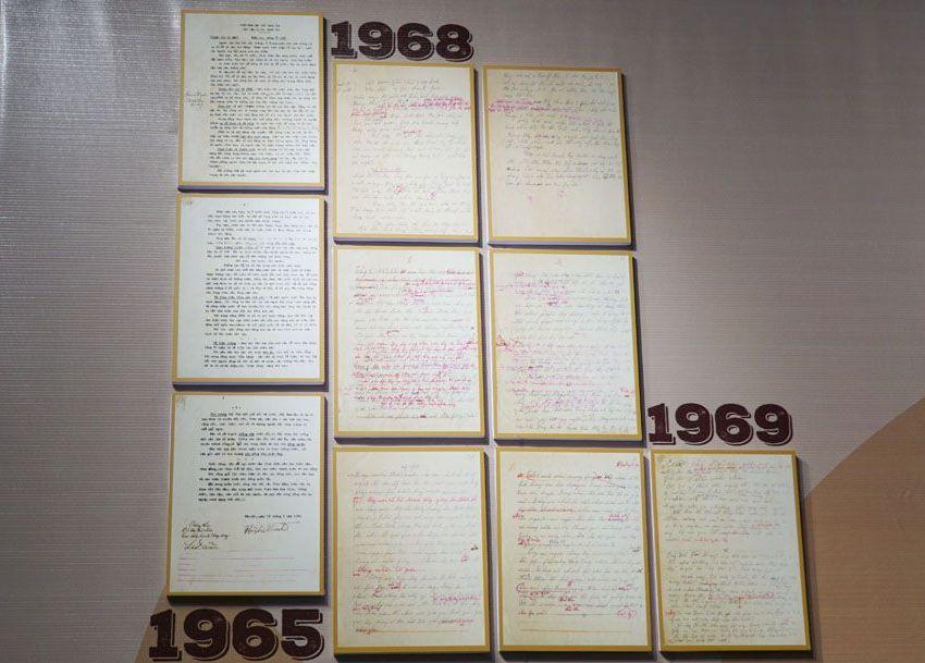 Trưng bày bản gốc tài liệu