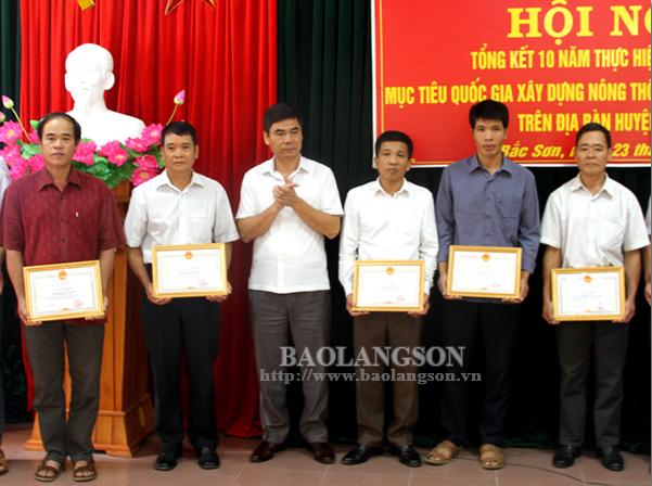 Bắc Sơn: Tổng kết 10 năm thực hiện Chương trình xây dựng nông thôn mới