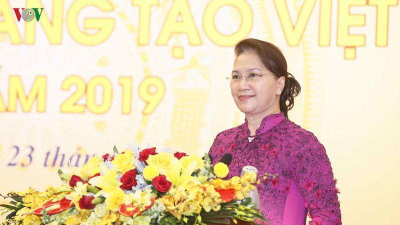 Chủ tịch Quốc hội dự lễ công bố Sách Vàng sáng tạo Việt Nam 2019