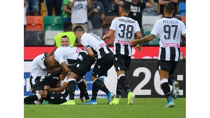 Tân binh ghi điểm, Udinese hạ gục gã khổng lồ AC Milan