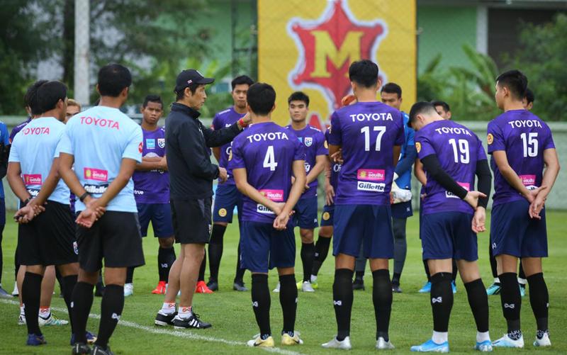 Đại chiến Việt Nam, Chủ tịch FAT nói lời gan ruột với cầu thủ Thái Lan