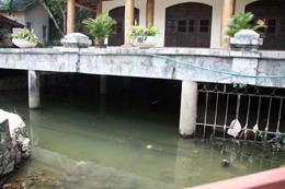 Nan giải xử lý ô nhiễm suối Ngọc Tuyền