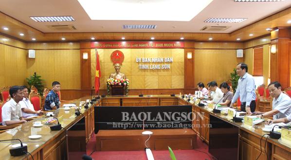 Lãnh đạo UBND tỉnh tiếp xúc doanh nghiệp  tham gia Hội nghị Xúc tiến đầu tư tỉnh Lạng Sơn