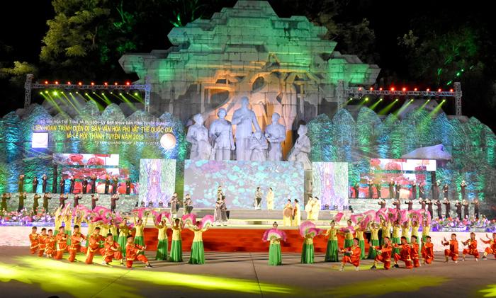 Tổng duyệt Lễ hội Thành Tuyên và Liên hoan trình diễn Di sản văn hóa phi vật thể quốc gia năm 2019