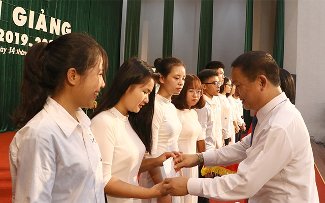 Hơn 65 nghìn sinh viên Đại học Thái Nguyên bước vào năm học mới