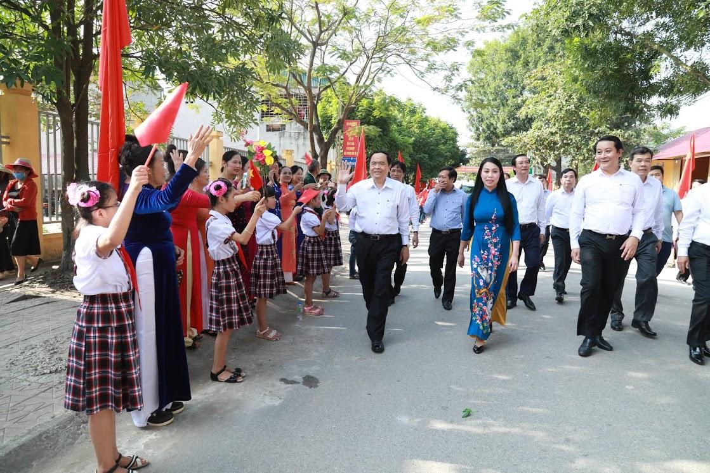 Vị trí và mối quan hệ của MTTQ Việt Nam với các tổ chức trong hệ thống chính trị