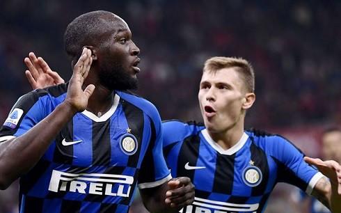 Lukaku rực sáng, Inter hạ đẹp Milan ở trận derby