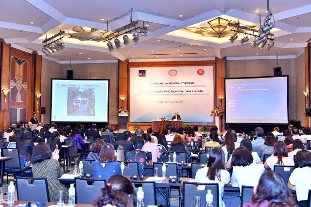 Trao quyền kinh tế cho nữ giới thông qua đổi mới tài chính toàn diện