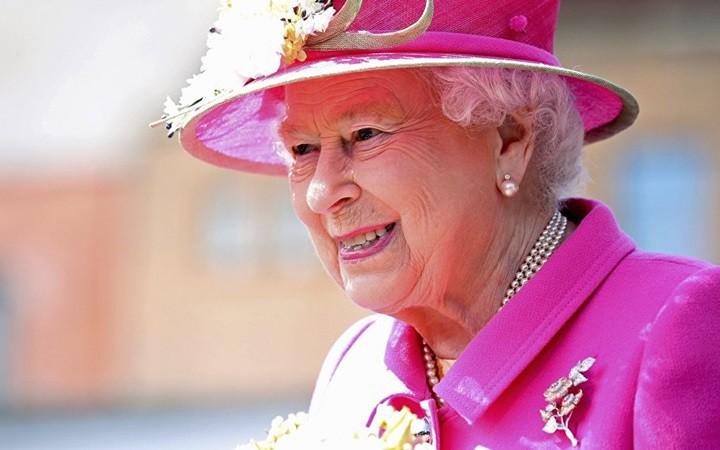 Nữ hoàng Anh Elizabeth có thể đã nghe tư vấn về cách chức Thủ tướng