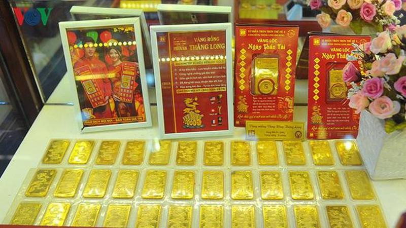 Giá vàng tăng nhanh, vượt ngưỡng 42 triệu đồng/lượng