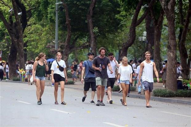 Việt Nam vươn lên thành điểm đến hấp dẫn thứ 2 với người nước ngoài
