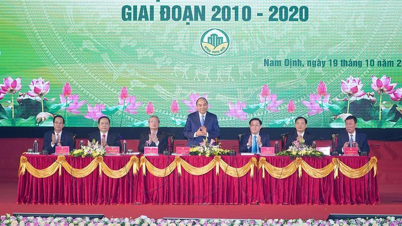 Thủ tướng dự Hội nghị tổng kết 10 năm xây dựng nông thôn mới