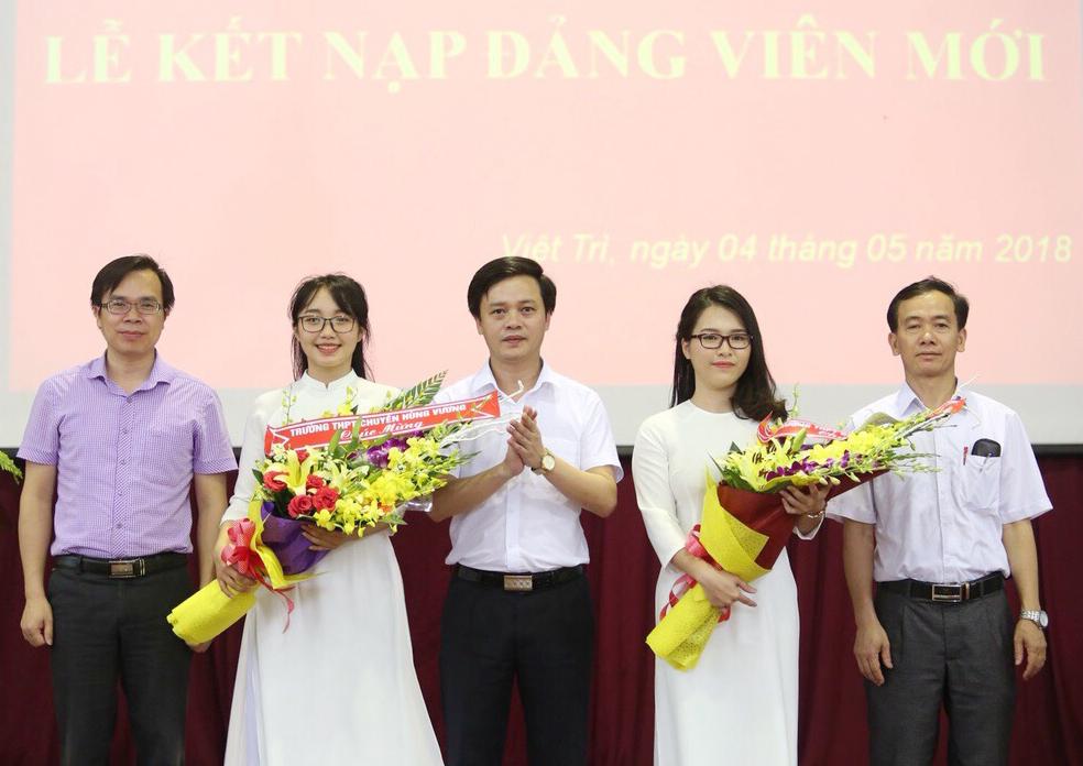 Phú Thọ: Phát triển đảng viên mới trong học sinh, sinh viên