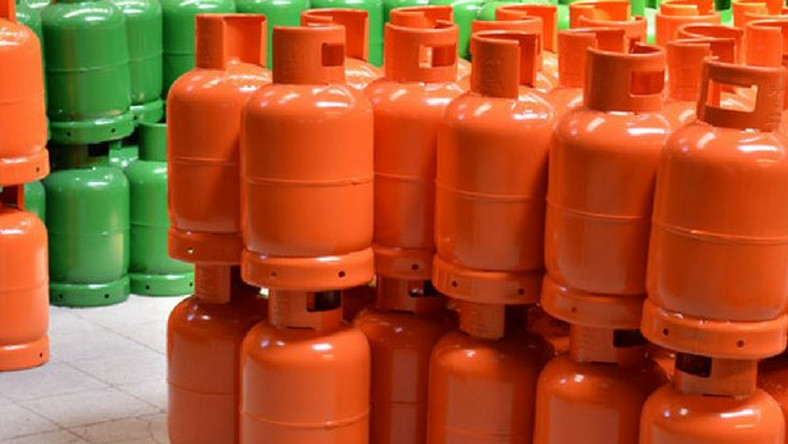Giá gas tháng 11 tăng nhẹ