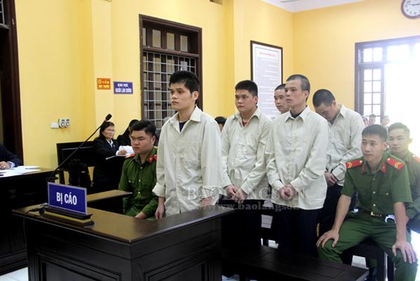 4 án tử hình và 2 án chung thân cho các bị cáo phạm tội về ma túy