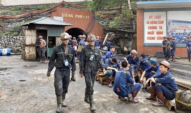 Đổi mới công nghệ khai thác than hầm lò