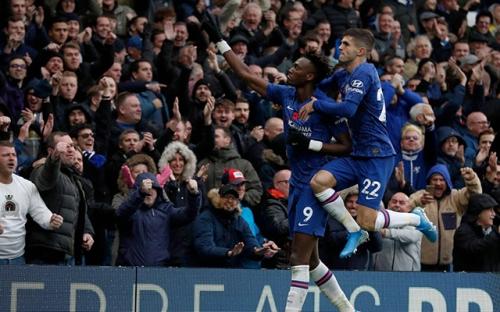 Thắng Crystal Palace 2-0, Chelsea nhảy lên ngôi thứ ba