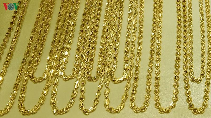 Giá vàng giảm sát mốc 41 triệu đồng/lượng