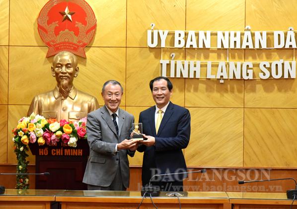 Lãnh đạo UBND tỉnh làm việc với Công ty TNHH ATI và đối tác Nhật Bản