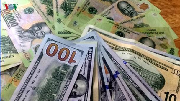 Giá USD tăng tại một số ngân hàng thương mại