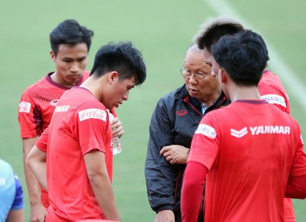 HLV Park Hang-seo đánh giá cao đối thủ, tìm người thay thế Văn Hậu